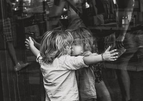 mirror-hug-babby-yourself-Favim.com-1864124